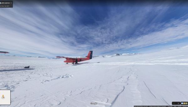 aereo rosso